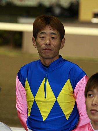 111007-SJT第1ステージ騎手紹介式-服部茂史騎手