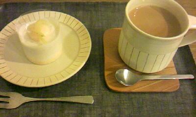 蜂蜜のムースとミルクティー
