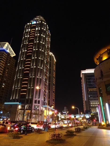板橋駅前 (台湾・新北市)