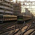 Photos: 京王 7000系 7804Fと都営10-300R形 10-320F