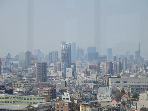 東山給水塔の一般公開 No - 042:展望階から見た景色(名駅ビル群)