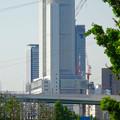 写真: 南側から見たセントラルタワーズ - 2