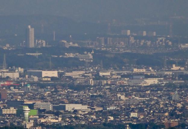 岐阜城天守閣から見た景色 No - 20:桃花台ニュータウンと中部大学