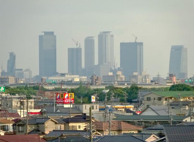 写真: エアポートウォーク3階フードコートから見た、名駅ビル群 - 5