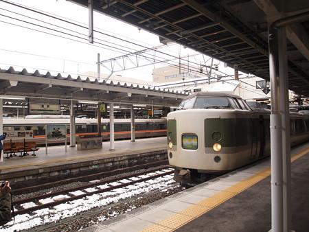 189系妙高 信越本線長野駅02