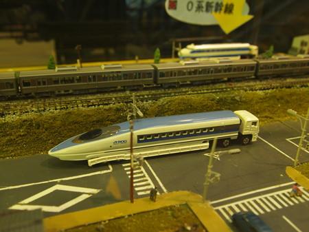 500系の陸送の模型 梅小路蒸気機関車館