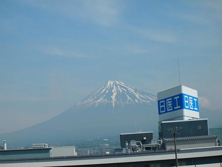 新幹線から見えた富士山01