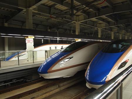 E7系の集まり 北陸新幹線金沢駅02
