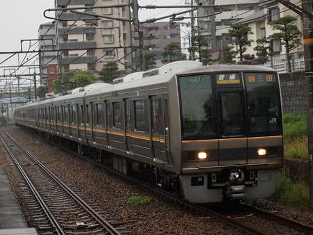 207系普通  福知山線伊丹駅02