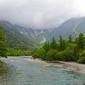 雨模様の梓川