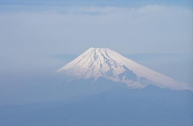 霞の海から頭を出す-富士山-