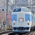 春満載の行楽列車1
