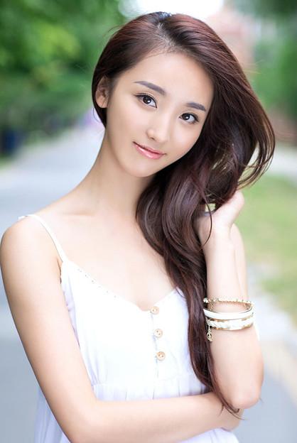 長い髪と赤い唇と天使の笑顔(笑) 3-14 (3)