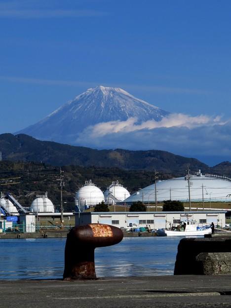 2012年1月3日 清水港江尻埠頭から見る富士