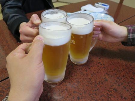 大衆酒場まるちゃん 生ビール 中¥580*3