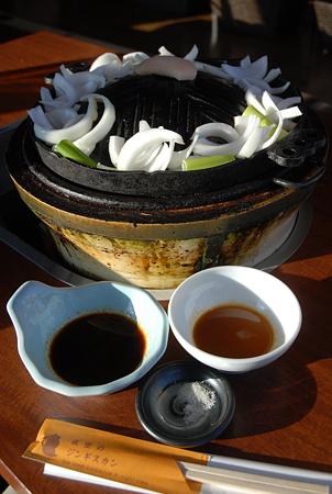 すすきの・夜空のジンギスカン/秘伝の醤油タレ・味噌タレ・特製塩
