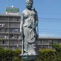Photos: 蕨市 三学院 銅像十一面観音