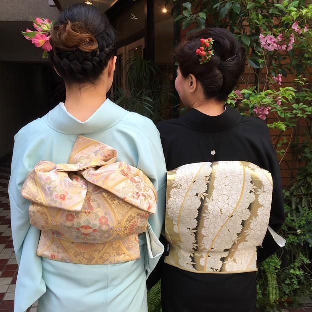 Photos: 黒留袖と色留袖