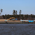 Photos: 堤防の復旧作業