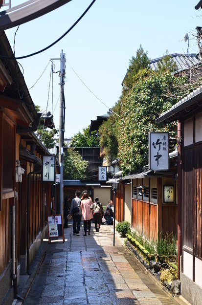 Photos: 2012_0408_120658 石塀小路