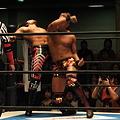 Photos: 新日本プロレスPRESENTS CMLL FANTASTICA MANIA 2012 1日目 ラ・ソンブラ&棚橋弘至vsボラドール・ジュニア&岡田かずちか (4)