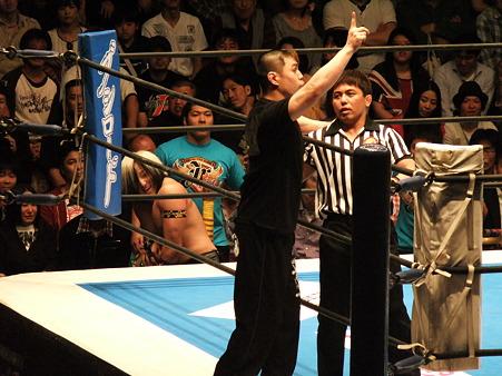 新日本プロレス BEST OF THE SUPER Jr.XIX Aブロック公式戦 アンヘル・デ・オロvsタイチ (1)