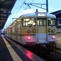 写真: 弥彦線の115系