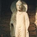 ガンダーラ 龕の仏像~タフテ・バヒー Buddha statue,Takht-i-Bahi *海山を越えて日本に伝わりし衣紋の流れ見れば尊し