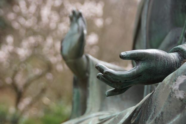 写真: 東慶寺金仏像150315-3365
