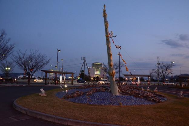 宇野駅前  かつては連絡船の桟橋でした
