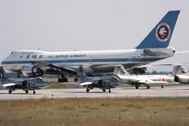 F-104J+B747 80Aug