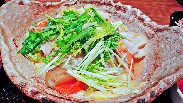 Photos: 大戸屋 ( 成増 )  四元豚とたっぷり野菜の蒸し鍋 (単品)a