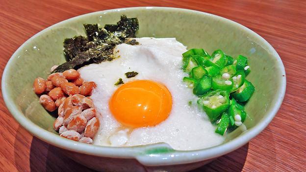 大戸屋 ( 成増 )  手造り豆腐のねばねば小鉢