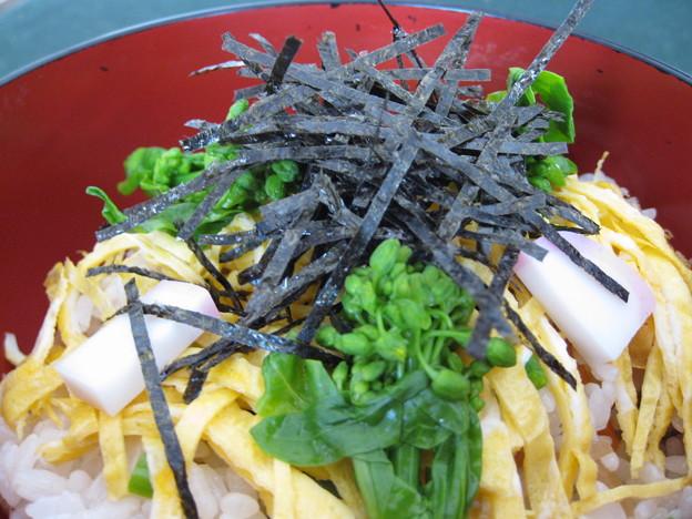 菜の花の五目寿司