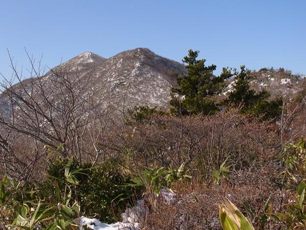 舟形三峰山