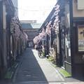 Photos: 長屋
