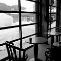 雪の見えるカフェ