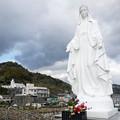 写真: カトリック神ノ島教会(10)岬のマリア像