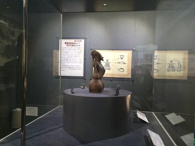 茅野市尖石縄文考古館_仮面の女神