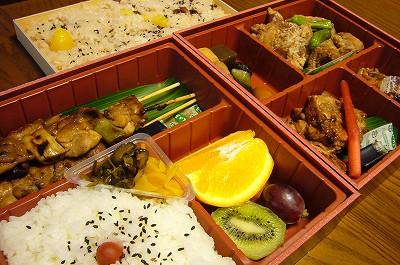 150501-5 登利平の上州弁当とお赤飯