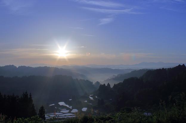 星峠の棚田  朝日