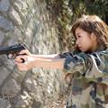 芽生拳銃横顔2L