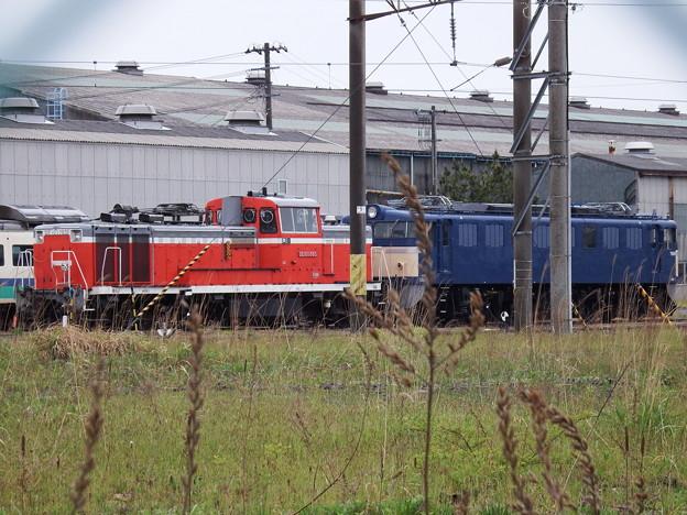 AT構内~留置線のDE10-1765&EF60-19
