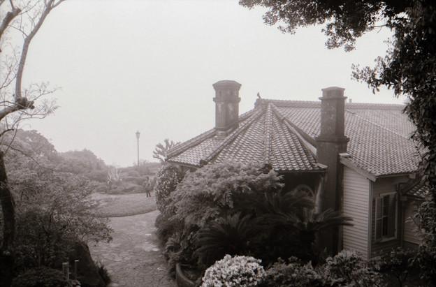 煙るグラバー邸