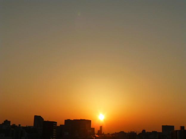 新大阪の朝焼け