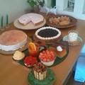 Photos: 本日のオススメ!苺のムースタルト、ミゼット。レアチーズも今が旬!...