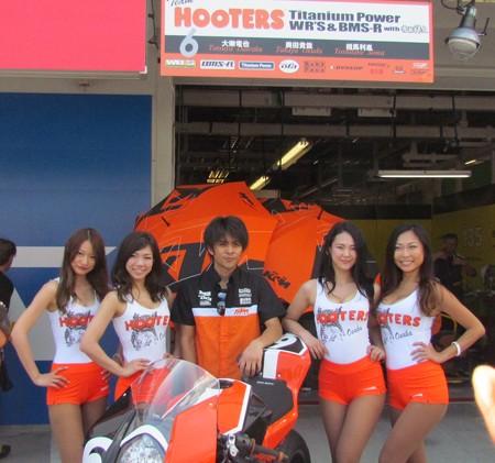 2014 鈴鹿8耐 Team HOOTERS with 斉藤祥太 大樂竜也 相馬利胤 奥田貴哉 KTM 1190 RC8R  15