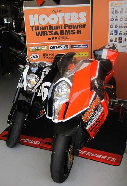 写真: 2014 鈴鹿8耐 Team HOOTERS with 斉藤祥太 大樂竜也 相馬利胤 奥田貴哉 KTM 1190 RC8R  50